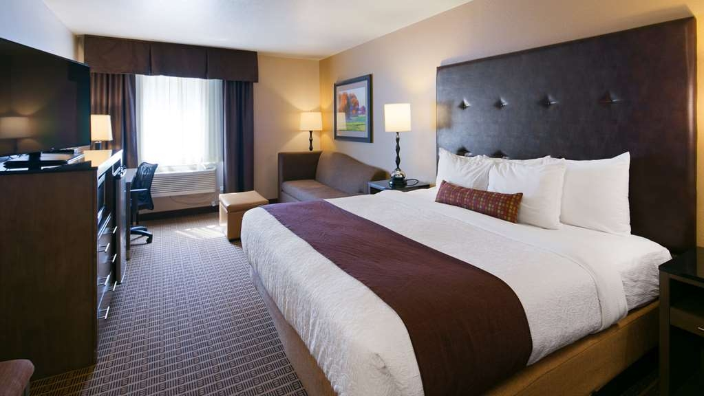 Best Western Plus Yakima Hotel - Guest Room