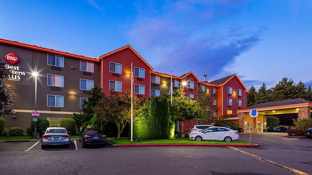 Best Western Plus Vancouver Mall Dr. Hotel & Suites - Area esterna
