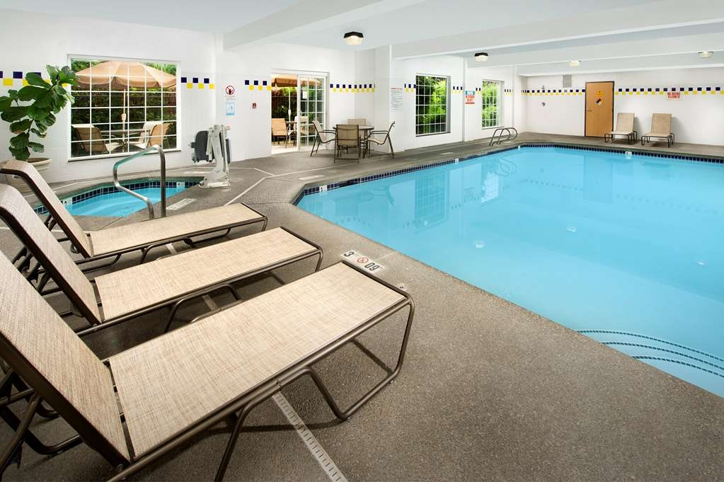 Best Western Plus Vancouver Mall Dr. Hotel & Suites - Piscina coperta