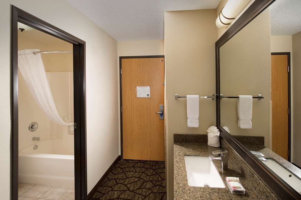 Best Western Plus Vancouver Mall Dr. Hotel & Suites - Bagno