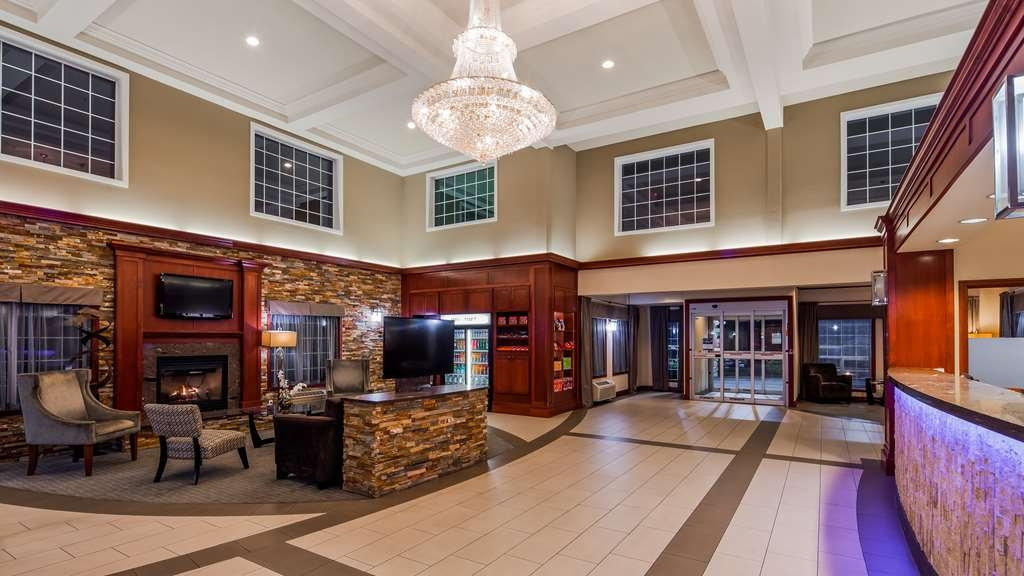 Best Western Plus Vancouver Mall Dr. Hotel & Suites - Hall