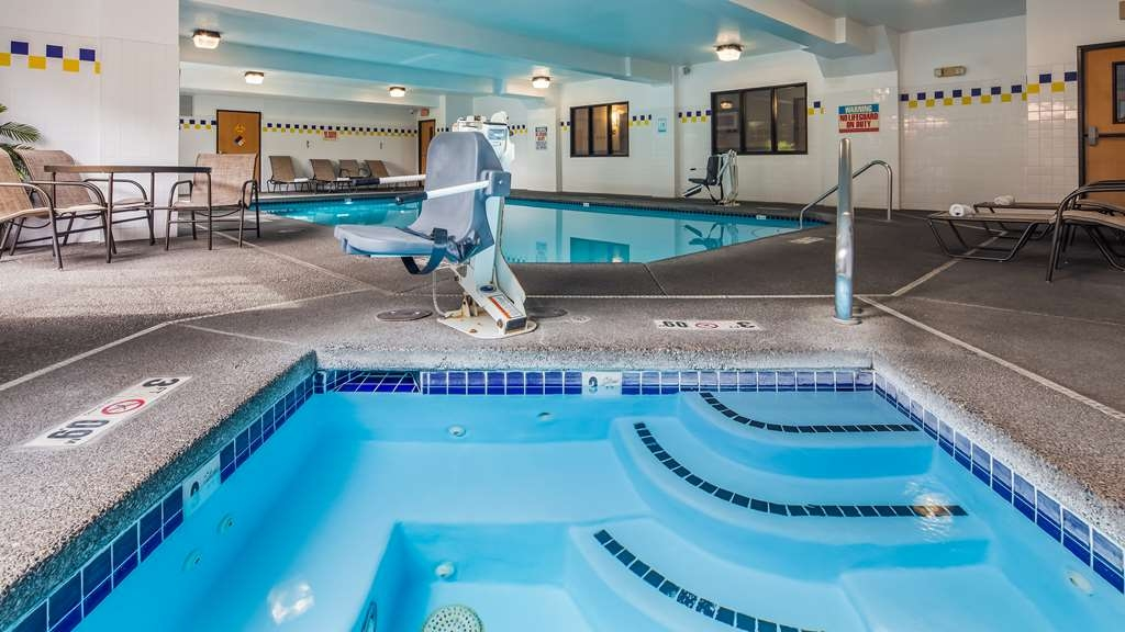 Best Western Plus Vancouver Mall Dr. Hotel & Suites - Spa