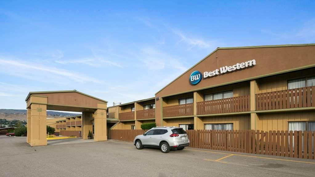 Best Western Chieftain Inn - Vista Exterior