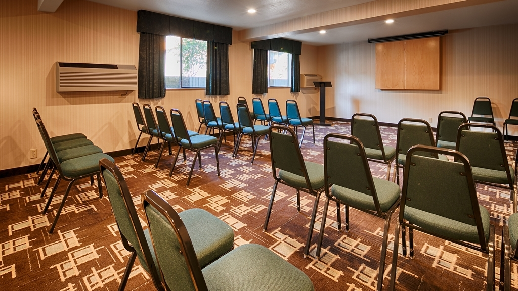 Best Western Alderwood - Need to schedule a meeting for business? We have space available for you and your clients.