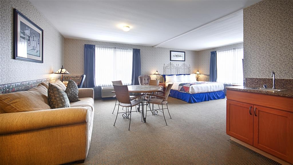 Best Western Bronco Inn - Our Business King Suite