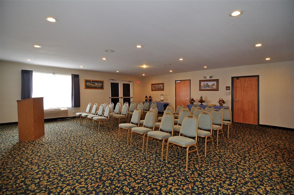 Best Western Bronco Inn - Our meeting room is great for family gatherings or corporate events and fits up to 50 people.