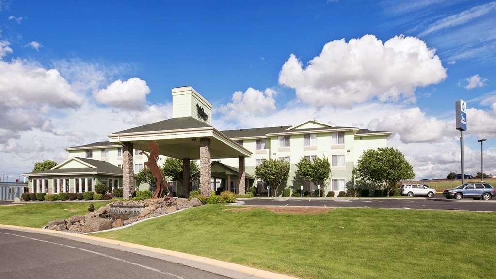 Best Western Bronco Inn - Vista Exterior