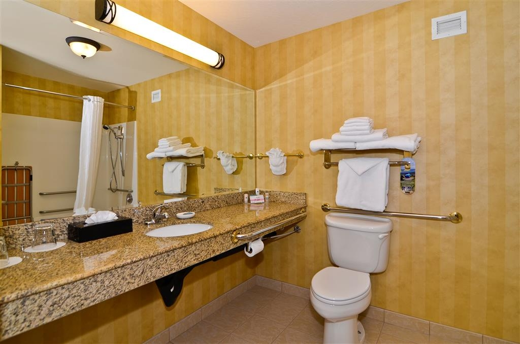 Best Western Plus Pasco Inn & Suites - Salle de bain