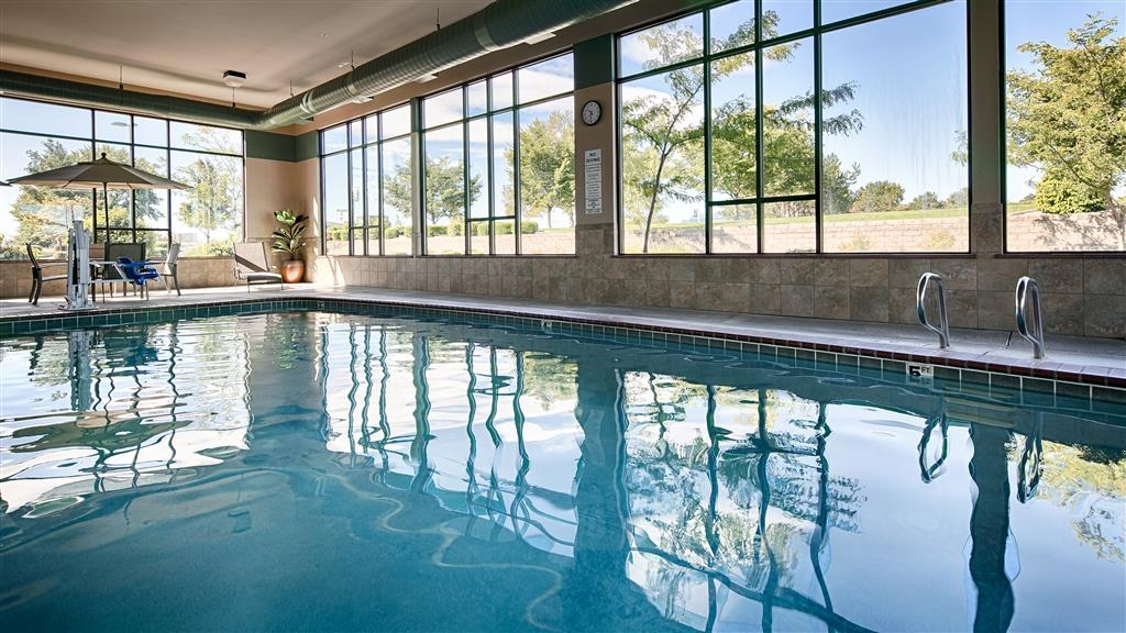 Best Western Plus Pasco Inn & Suites - Vue de la piscine