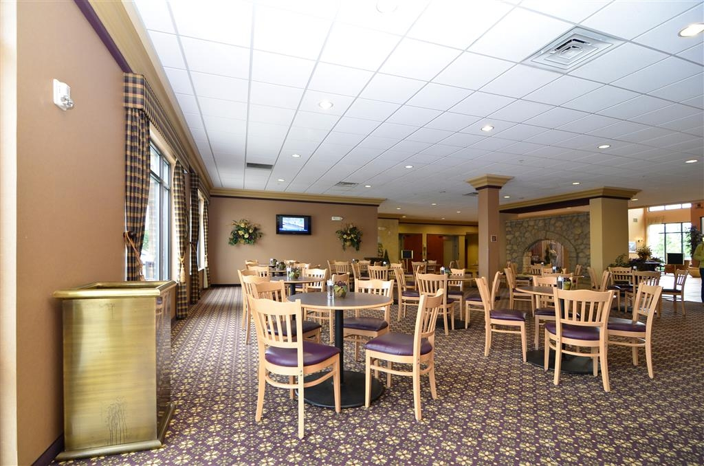 Best Western Plus Pasco Inn & Suites - The only way to truly appreciate our breakfast is to enjoy it yourself!
