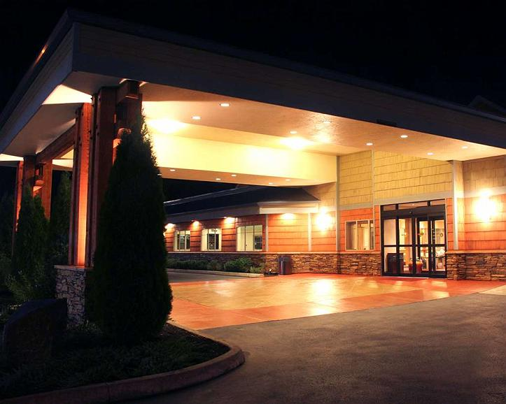Best Western Snowcap Lodge - Eco-friendly green themed & energy efficient. Your outdoor adventure starts here.