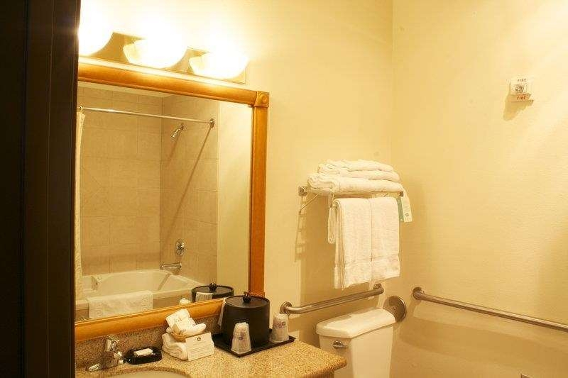 Best Western Plus Grapevine Inn - Bagno