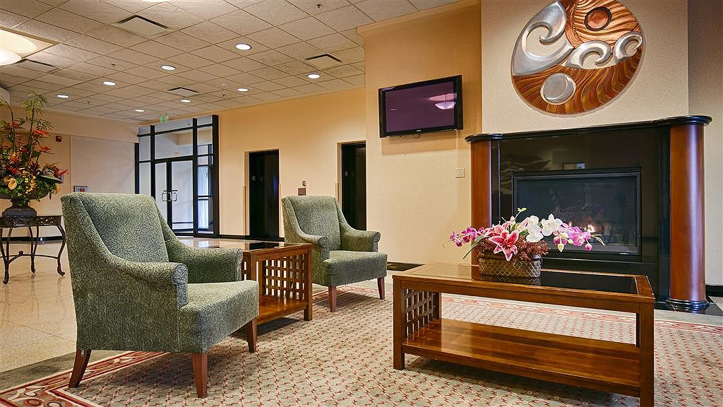 Best Western Plus Tacoma Dome Hotel - Hall