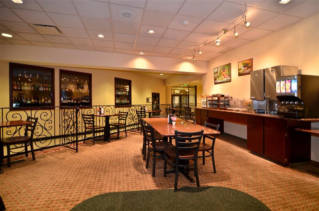 Best Western Plus Tacoma Dome Hotel - Restaurant