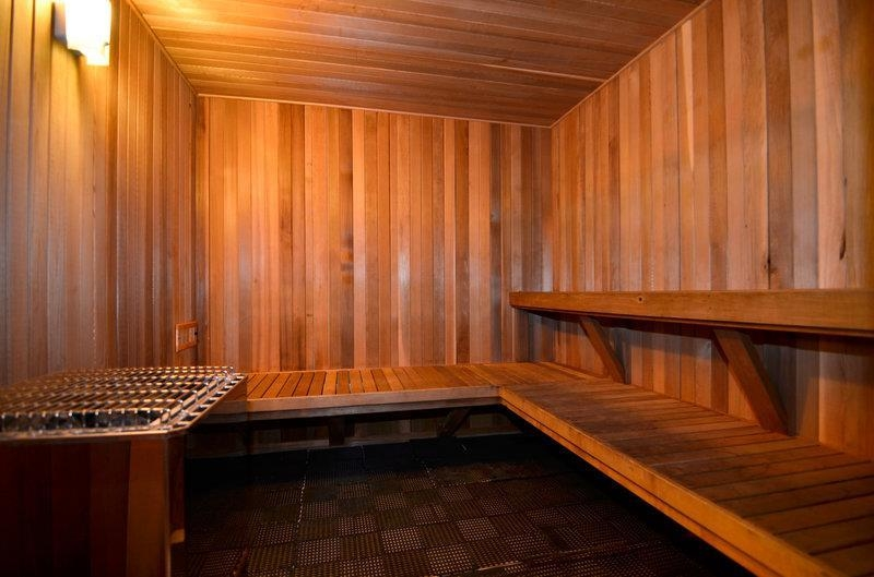 Best Western Plus Tacoma Dome Hotel - Nothing beats our sauna after a stressful day.
