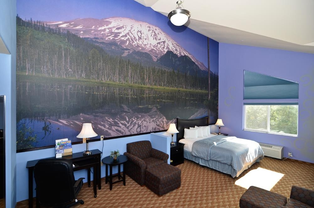 Best Western Plus Battle Ground Inn & Suites - King suite with a Mt. St. Helens theme, with a beautiful view of the mountain.