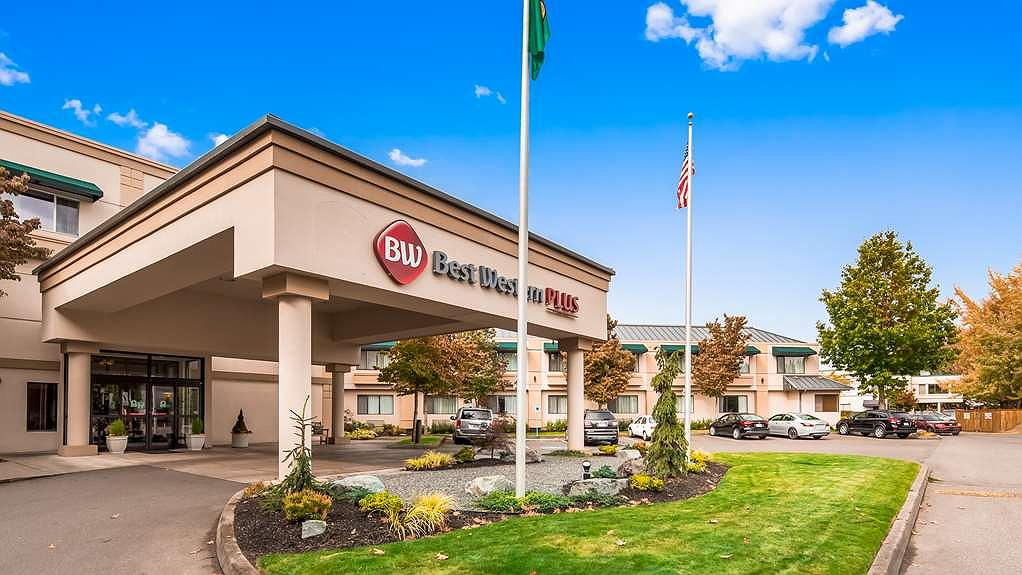 Best Western Plus Edmonds Harbor Inn - When you travel to Edmonds by ferry, bus, train or car, stay with us. We love having you here!