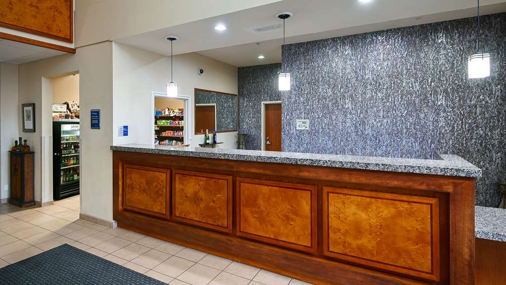 Best Western Plus Peppertree Inn at Omak - empfang