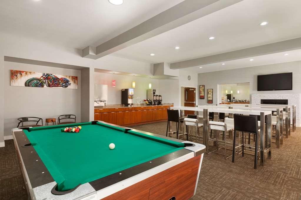 Best Western Plus Peppertree Inn at Omak - BEST WESTERN PLUS Peppertree Inn at Omak Hospitality Room