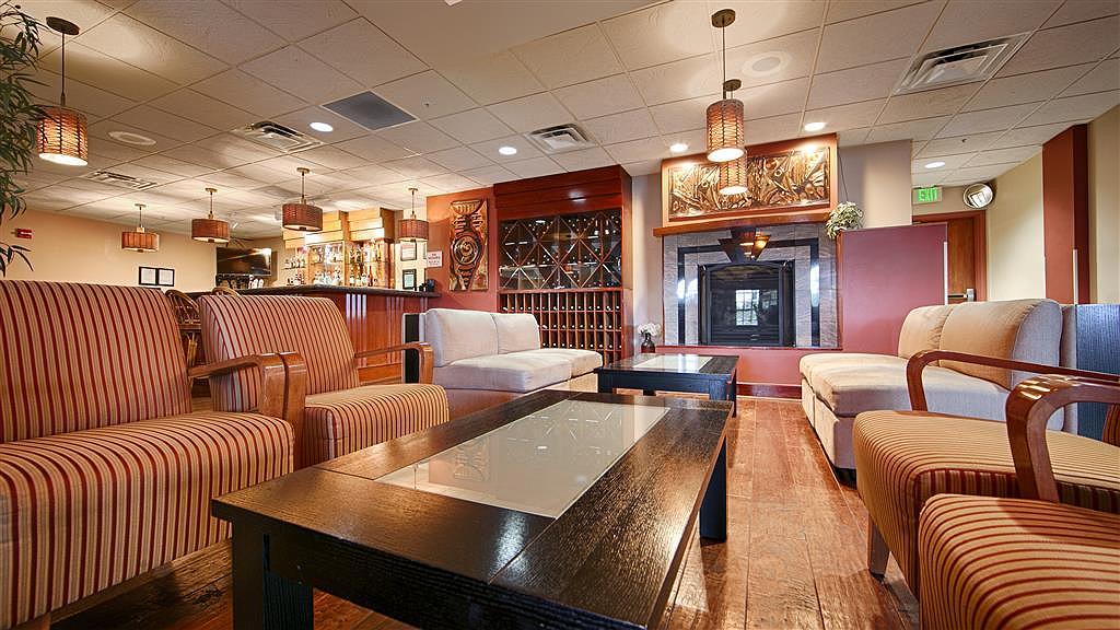 Best Western Plus Seattle/Federal Way - Bar/Salón