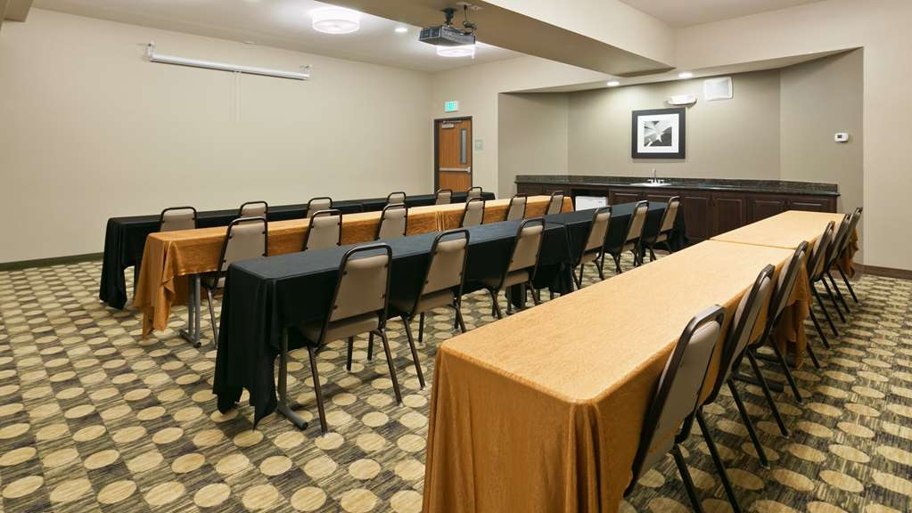 Best Western Plus Parkersville Inn & Suites - If you are looking for meeting space in or around Washougal, Washington, give us a call!