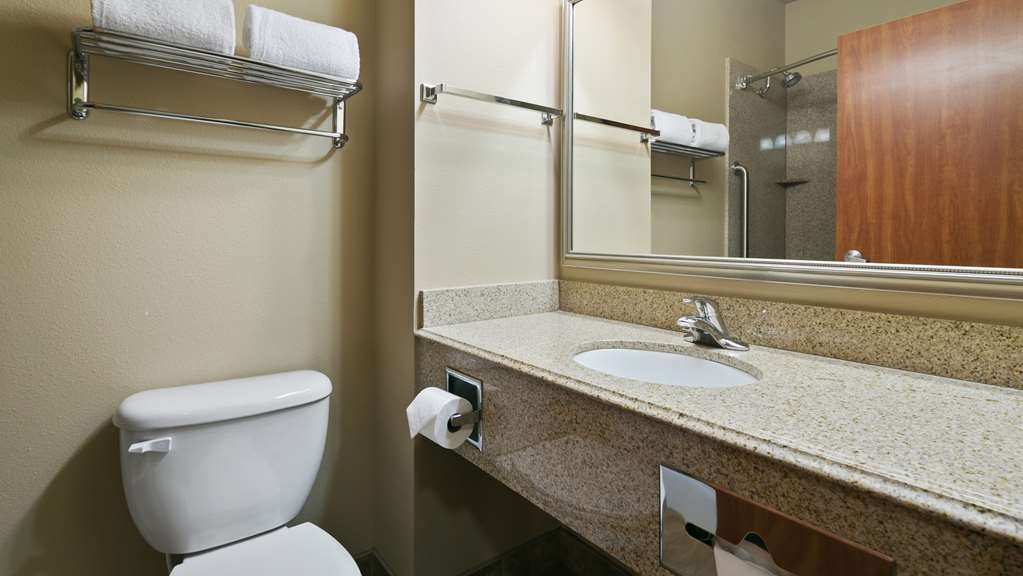 Best Western Plus Parkersville Inn & Suites - We take pride in making everything spotless for your arrival.