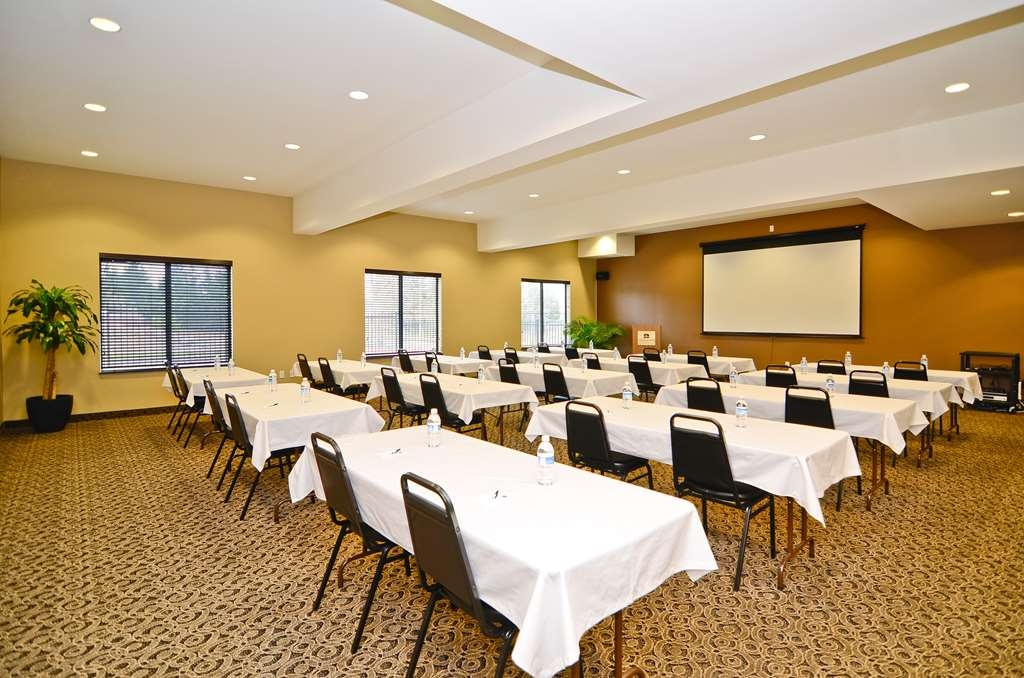 Best Western Plus Lacey Inn & Suites - Ask us about our meeting facilities we can set up to fit your needs.