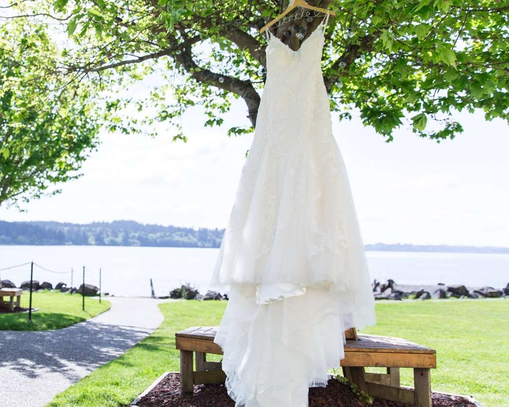Best Western Plus Silverdale Beach Hotel - Rated #1 in the area for weddings