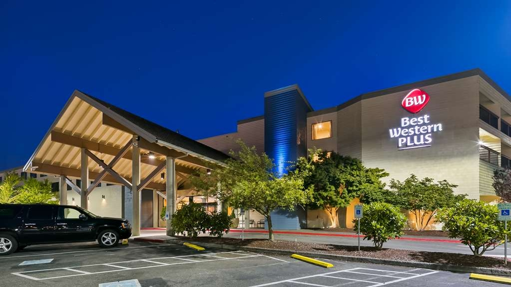 Best Western Plus Silverdale Beach Hotel - Welcome to our Best Western Plus Silverdale Beach Hotel.