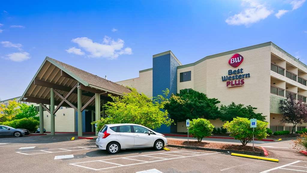Best Western Plus Silverdale Beach Hotel - Facciata dell'albergo
