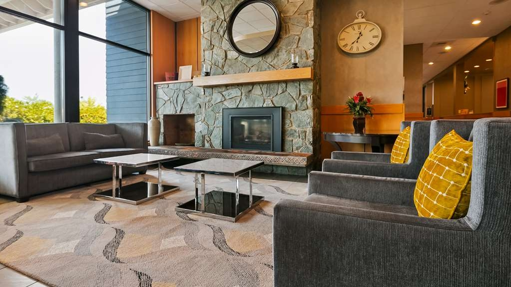 Best Western Plus Silverdale Beach Hotel - Hall