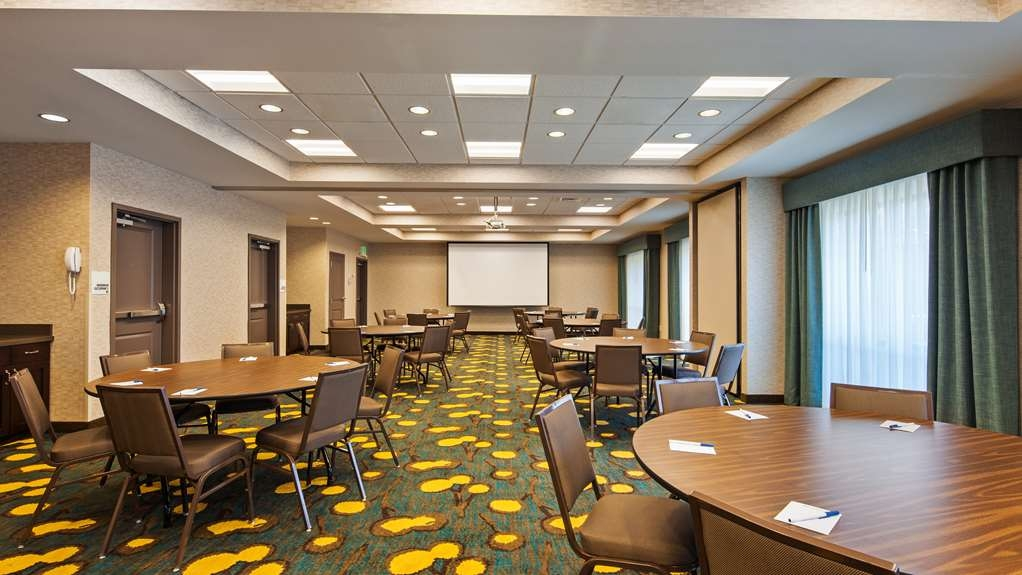 Best Western Plus Dayton Hotel & Suites - Need to schedule a meeting for business? We have space available for you and your clients.