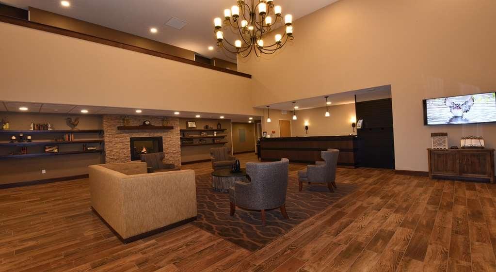 Best Western Plus Vintage Valley Inn - Vista del vestíbulo