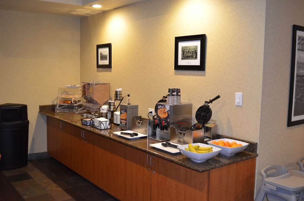 Best Western Liberty Inn DuPont - Join us for breakfast. Pastries, cereal, waffles and fresh fruit are only part of what we offer.