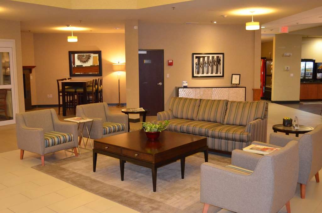 Best Western Liberty Inn DuPont - Meet friends for conversation, read the paper or just relax. Welcome to the BW Liberty Inn DuPont.