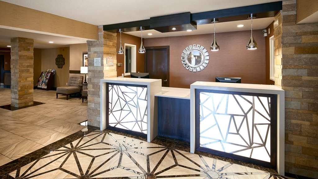 Best Western Woodland Inn - recepción
