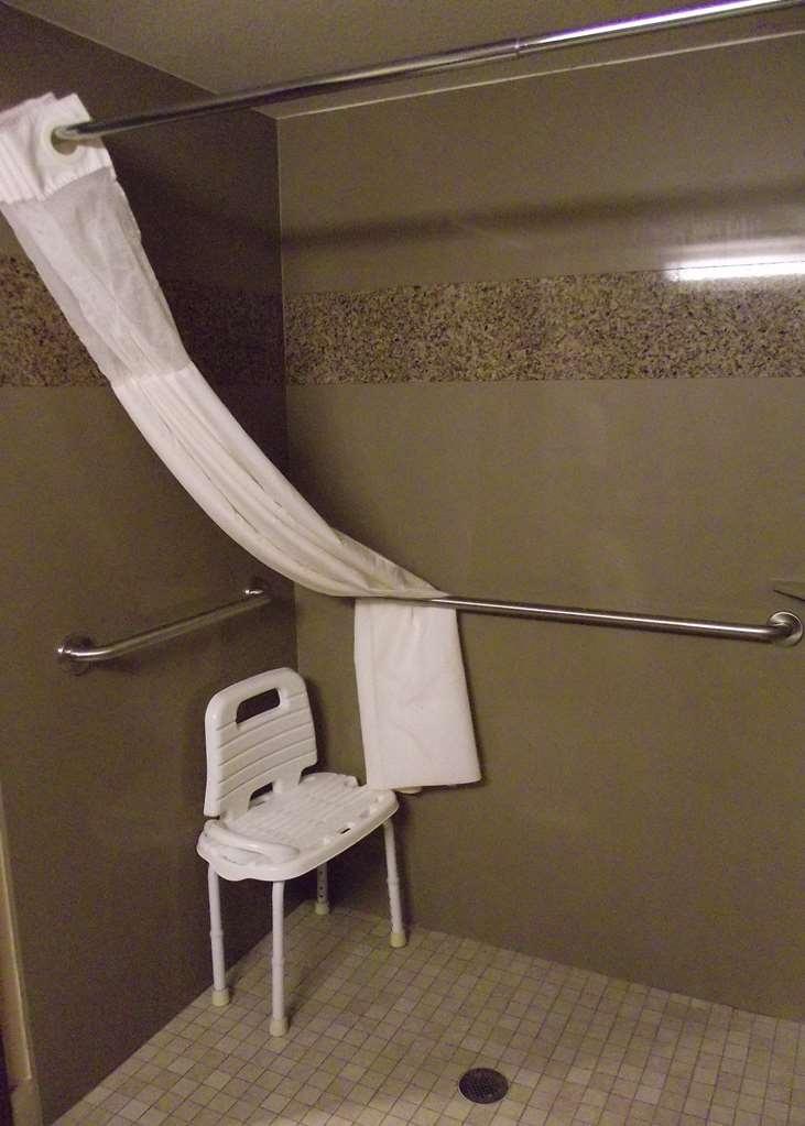 Best Western Woodland Inn - ADA Mobility Accessible Bathroom