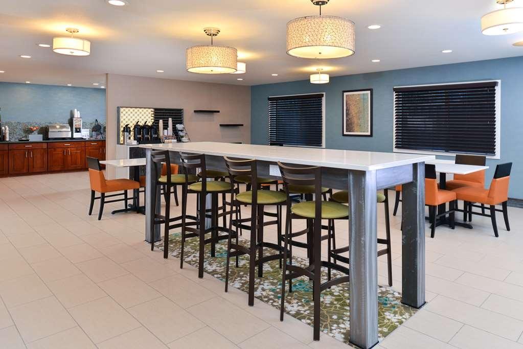 Best Western Long Beach Inn - Desayuno Buffet