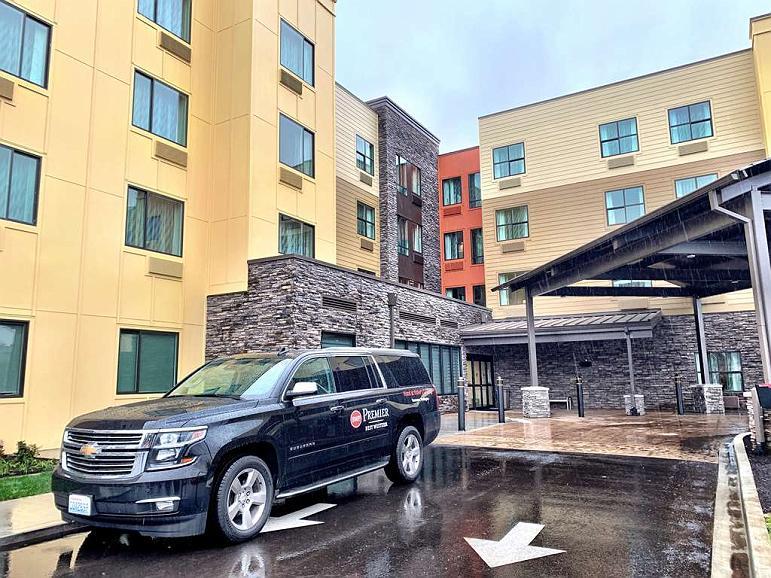 Best Western Premier Hotel at Fisher's Landing