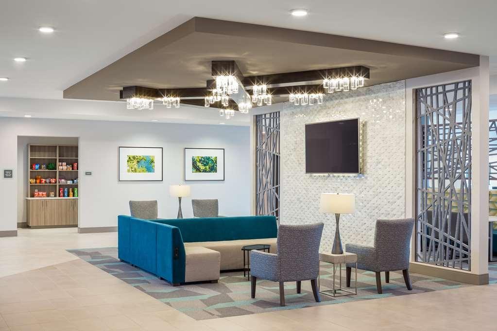 Best Western Premier Hotel at Fisher's Landing - Vista del vestíbulo