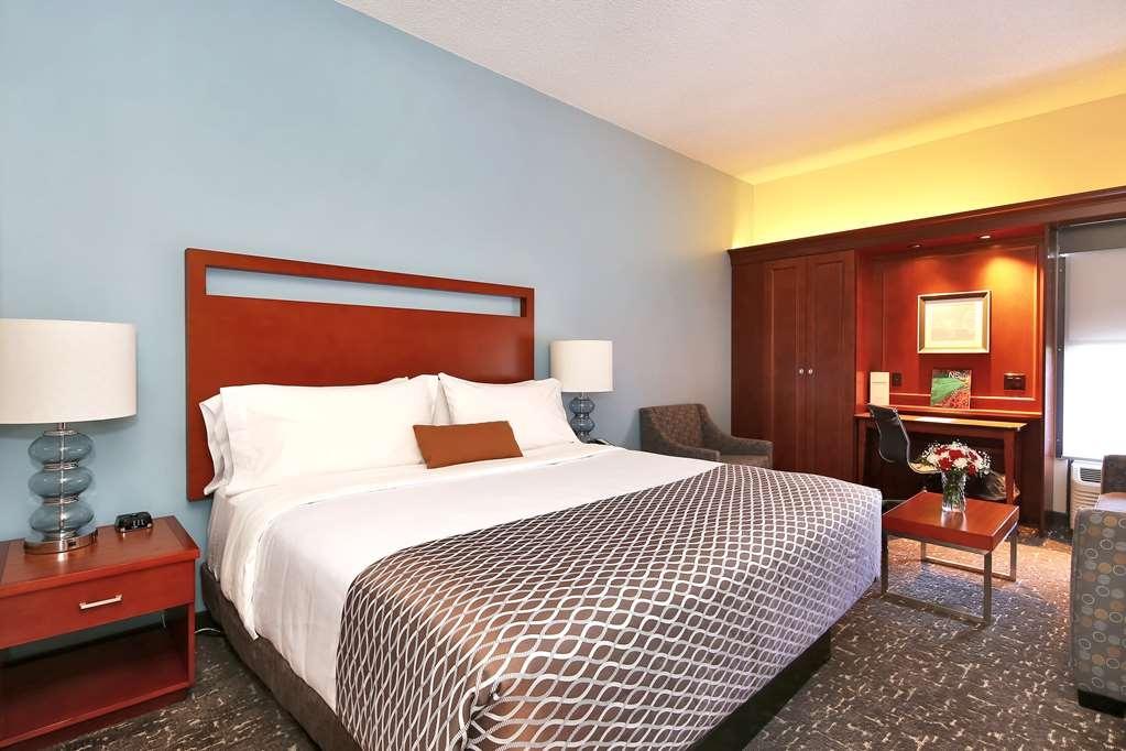 Best Western Plus Bellingham Airport Hotel - Gästezimmer/ Unterkünfte