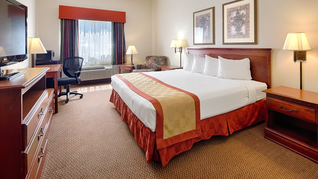 Best Western Logan Inn - We offer a variety of king bedrooms from standard to ADA mobility accessible.