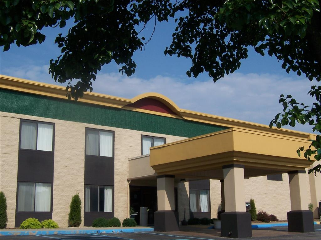 Best Western Huntington Mall Inn - Welcome to the Best Western Huntington Mall Inn!