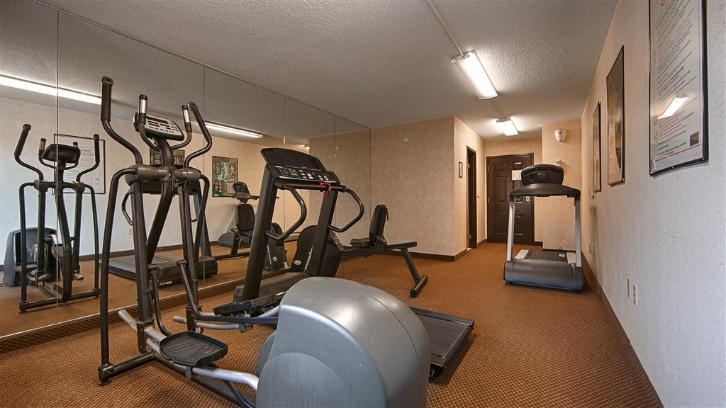 Best Western Huntington Mall Inn - Our fitness center allows you to keep up with your home routine… even when you're not at home.