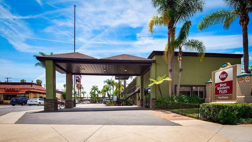 Best Western Plus Pavilions - Area esterna