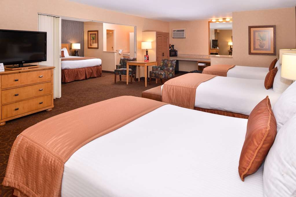 Best Western Plus Pavilions - Suite