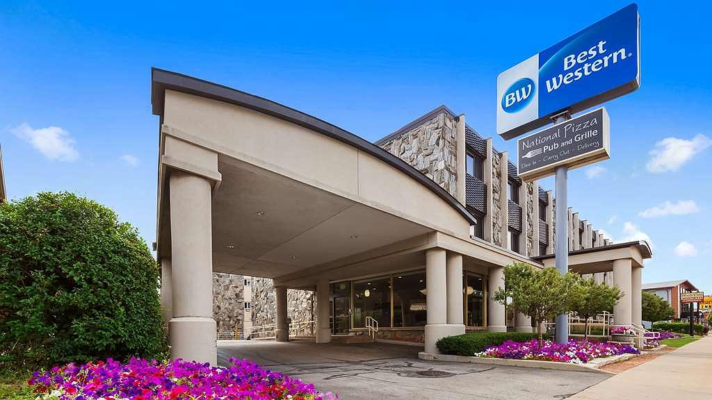 Best Western Plus Milwaukee West - Offering easy access to I-94 and I-41, the Best Western Plus Milwaukee West makes it easy to experience the area's most popular attractions.