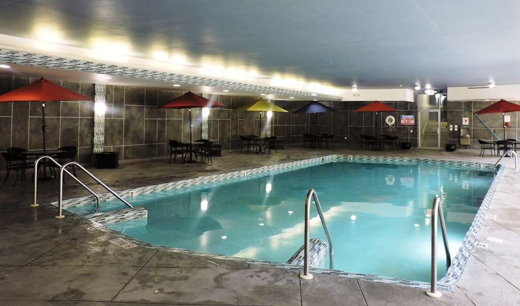 Best Western Milwaukee West - Don't let the weather stop you from jumping in, our indoor pool is heated year-round for you and your friends.