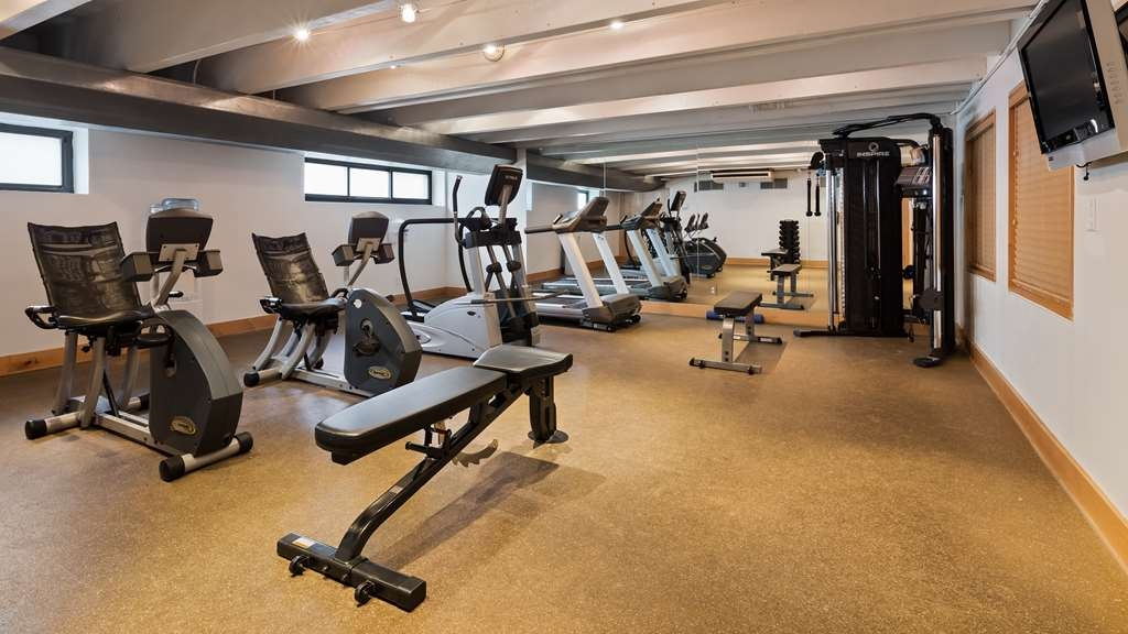 Best Western Milwaukee West - Stay active in our 24-hour fitness center with a variety of equipment like weight lifting equipment, stationary bike and treadmill.