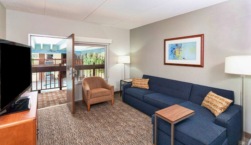 Best Western Bridgeview Hotel - Two Queen Suite overlooking our Pool Area